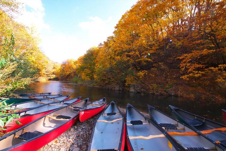 adventure_canoe1.jpg